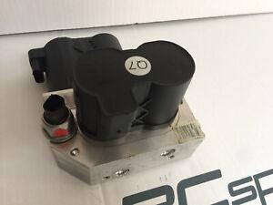 Mercedes C216 CL600 CL500 CL55 ABC rear valve block unit A2213200358 A2213201058