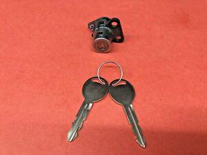 05-10 DODGE CHRYSLER JEEP MOPAR FL DOOR LOCK CYLINDER 2 KEYS USED OEM 5139099AA