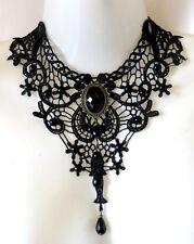 Collarino collana girocollo pizzo cabochon nero perline lacrima gothic victorian