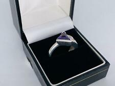 Silver With An Triangle Mauve Stone Size N Fashion Ring (I6)