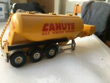 Corgi Modern 1:50 Scale Powder Tanker With Donkey Engine At Front