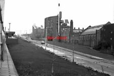 PHOTO  1979 BYKER NEWCASTLE UPON TYNE THE BYKER WALL PART OF A FUTURISTIC AND CO