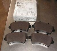Renault Master II Set Of Front Brake Pads Part Number 7701207339  Genuine