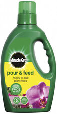 Miracle-gro Pour and Feed Plant Food Bottle (ready to Use) 3 L