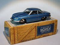 Panhard 24 CT au 1/43 de norev  / conception comme dinky toys solido cij