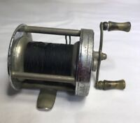 Shakespeare Leader no.1909 Baitcasting Fishing Reel Made in USA Model FD Good