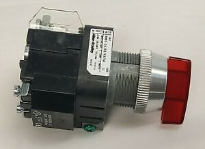 New Allen Bradley 800T-16JR17KB7AX 30mm Selector Switch Red 3-Position