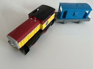 Tomy Trackmaster Thomas The Tank Engine Battery Train Dart and Truck