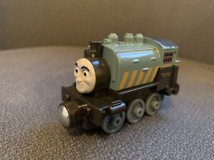 thomas take and play train Porter