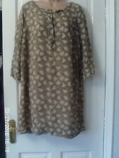 BEIGE AND BLACK DRESS BY RIVER ISLAND, SIZE 16