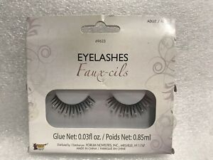 Brand New Vintage Hollywood Stick on Eyelashes Women's Make up Costume Accessory