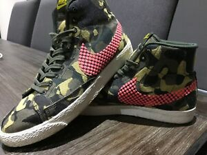 Nike Womens Camo Hi Top Shoes Size US 8.5 MUST SEE