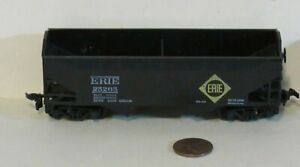Athearn ho scale ERIE 2 BAY HOPPER CAR #25265 for Model Train Layout & Displays