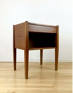 Mid Century Danish Poul Hundevad Small Bedside Cabinet Table Nightstand Stunning