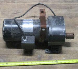 Leeson 108710.00 Gearmotor 1/2 H.P., 60 RPM .90VDC  29:1 Ratio, 476 In-Lbs