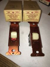 1 -VINTAGE NOS P&S 2233S ROCKWR GLO SWITCH  3-WAY 20 Amp  Auction Is for ( 1 )