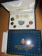 VATICANO 2007 - Serie PROOF con medaglia centrale in argento - come da foto