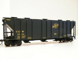 HO TANGENT CHICAGO & NORTH WESTERN/CGW PS 4000 COVERED HOPPER
