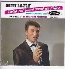 CD 4  titres JOHNNY HALLYDAY nous les gars , nous  (vogue) Format 13,5 x 13,5 cm