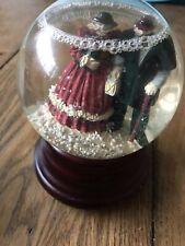 Vintage Christmas Snow Globe Musical
