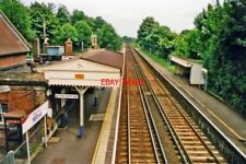 PHOTO  MILFORD RAILWAY STATION 2000 VIEW NORTHWARD TOWARDS GUILDFORD AND LONDON