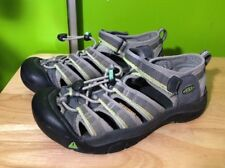 Keen boys shoes/ Sandals size 4 sandals gray green