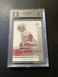 2001-02 UD SP Game Used Pavel Datsyuk New Grooves SP RC /499 BGS 9