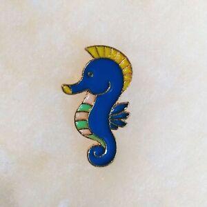 SEAHORSE / CABALLITO DE MAR Enamel Pin Sea Lover Lapel Badge Brooch