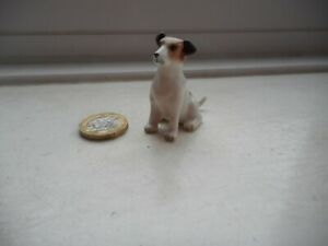 JACK RUSSELL TERRIER - MINIATURE CERAMIC/POTTERY - LOVELY SITTING DOG