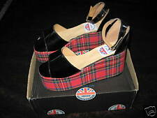 Nos UNDERGROUND ENGLAND SHOES Platform Black Patent Wedge Red Tarten Sandal UK 5