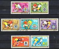 Football Mongolie (76) série complète 7 timbres oblitérés