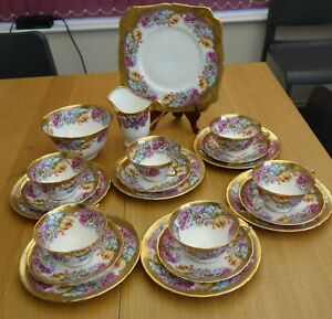 BEAUTIFUL  VICTORIAN  21  PIECE    TEA  SET.  ROSES AND FLOWERS