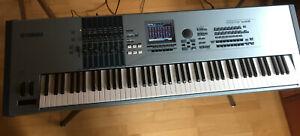 YAMAHA MOTIF XS 8 – Music Production Synthesizer / Masterkeyboard