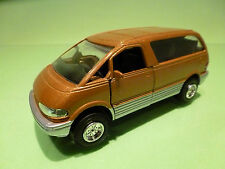 MADE IN CHINA  MPV TOYOTA NISSAN MITSUBISHI 1:35 - VERY GOOD - PULL BACK