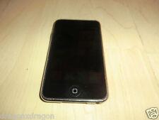 Apple iPod Touch 2.Generation, 8GB, Hintergrundbeleuchtung defekt, für Bastler