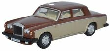 Oxford 76BT2002 Bentley T2 Saloon Noce moscata/Argento Sand 1/76th = 00 Gauge nuovo caso