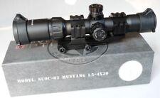 Vector Optics 1.5-4x30 Mustang Rifle Scope Tri Illuminated Chevron Reticule 30mm