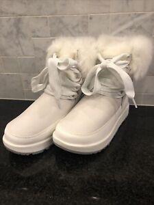 Women's UGG Gracie Waterproof White Boots- size 5- #1105769
