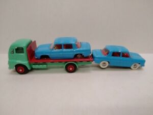 3 ATLAS DINKY TOYS GUY FLAT TRUCK BOXED with 2 RENAULT R8 sedans chipped no box