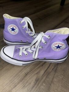 Converse All Star Chuck Taylor High Tops Men's Size 6, Womens size 8, Purple