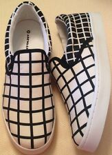 Shoes ladies size 7M EUR 38.5 new Airwalk black white checkerboard