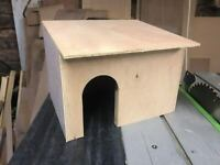 small wooden house for guinea pig quail rat hideaway shelter small animal