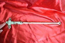 Ancien fléau de fermeture de porte (loqueteau, batteuse)