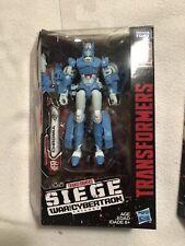 Transformers Siege War For Cybertron CHROMIA Deluxe Figure Missing Gun