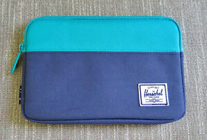 Herschel Tablet Sleeve case for iPad mini, Kindle, or small tablet Blue EUC