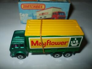 Matchbox Lesney Superfast #42 Mercedes Container Truck green PURPLE WINDOWS MIB!