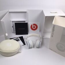 Beats Solo HD by Dr. Dre On-Ear Headphone White W/ Adj Volume Jack Complete. T6