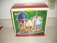 Lemax Plymouth Corners Children's Museum New In Box RARE 2017 Lighted  12163