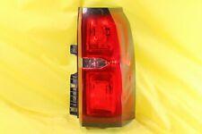 🚗 15 16 17 18 19 Chevrolet Suburban Tahoe Right Passenger Tail Light OEM *CRACK