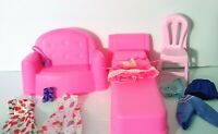 Barbie Furniture And Accessory Lot   BED  COUCH  CHAIR  CLOTHES SHOES PURSE  NEW